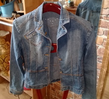 Джинсовая куртка женская - Женская одежда в Крыму