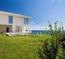 Продам дом 832м² на участке 15 соток - Коттеджи в Ялте