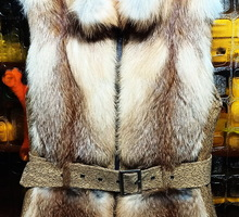 Меховая жилетка из лисы - Женская одежда в Ялте