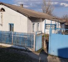 Продам жилой дом с земельным участком в с.Ароматное, Белогорский район - Дома в Белогорске
