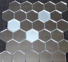 Мозаика зеркальная соты с матовыми вставками - Отделочные материалы в Крыму