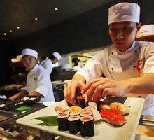 В доставку еды «Автор Суши» требуются повар и курьер - Бары / рестораны / общепит в Крыму