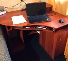 Продам стол компьютерный, угловой в Симферополе - Столы / стулья в Симферополе