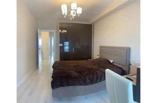Продается   квартира в новом доме с ремонтом и мебелью по адресу Генерала Мельника 11А/2. - Квартиры в Севастополе
