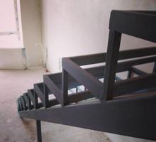 Лестница из металла - Лестницы в Симферополе
