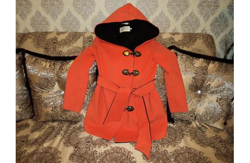 Пальто с капюшоном, кашемировое, демисезонное 46-48, новое - Женская одежда в Севастополе