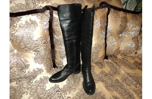 Итальянские сапоги-ботфорты 39-го размера - Женская обувь в Севастополе