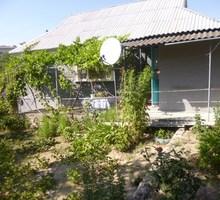 Продам в с. Долинное Бахчисарайского района добротный дом 100м2 с земельным участком 9 соток - Дома в Бахчисарае