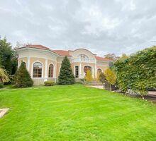 Продам дом 508м² на участке 10.00 - Дома в Симферополе