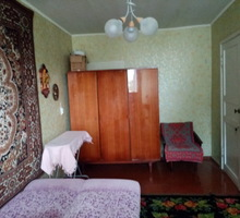 Сдается меблированная комната  длительно! - Аренда комнат в Крыму