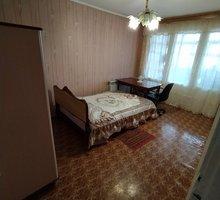 Сдам отдельную комнату для парня, возле гостиницы Москвы! - Аренда комнат в Симферополе