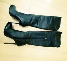 Продам кожаные ботфорты - Женская обувь в Евпатории