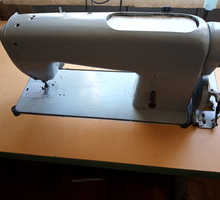 Продам промышленную швейную машину в отличном состоянии - Швейное оборудование в Крыму