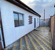 Продается новый дом в р-не ул.Беспалова, ст Ветеран, общая площадь 120 кв.м на участке 4 сотки. - Дома в Крыму