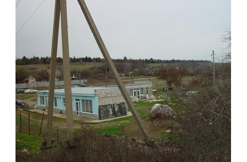 Продаю участок 12 соток с домам 180 кв.м,2011г постройки,р-оне 5 км первая линия от дороги - Участки в Севастополе
