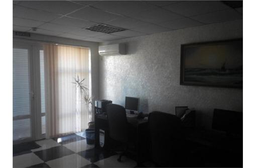 Меблированный с Орг Техникой, Двух-кабинетный Офис на Юмашева, площадью 50 кв.м., фото — «Реклама Севастополя»