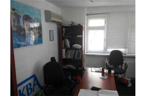 Трех кабинетный офис на Кулакова(Центр) - Сдам в Севастополе