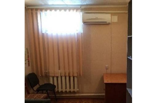 Меблированный Офис в районе ул Пожарова, площадью 13,3 кв.м., фото — «Реклама Севастополя»