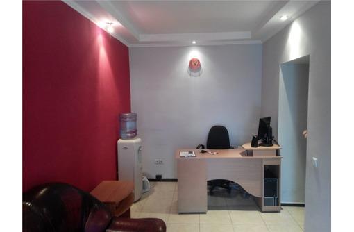 Сдается в Аренду Четырех кабинетный Меблированный Офис на Большой Морской, фото — «Реклама Севастополя»