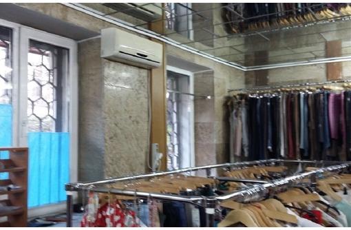 КРАСНАЯ ЛИНИЯ - Торговое помещение на ул Гоголя (Центр города), площадью 55 кв.м. - Сдам в Севастополе