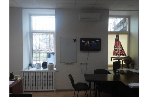 Отличный Офис в районе пл Ушакова - ул. Гоголя, площадью 36 кв.м. - Сдам в Севастополе