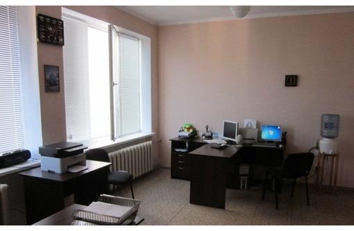 МЕБЛИРОВАННЫЙ Офис на Коммунистической, 25 кв.м. - Сдам в Севастополе