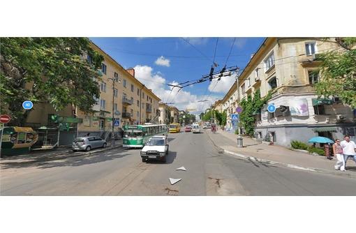 АДМИРАЛА ОКтябрьского - Центр города, площадью 45 кв.м., фото — «Реклама Севастополя»