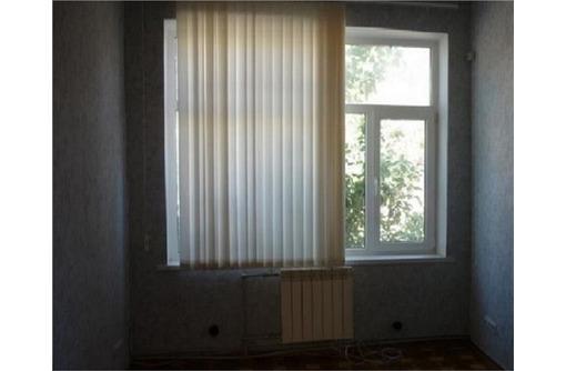 Аренда офисного помещения в Камышах, в районе ТЦ Апельсин, площадью 15 кв.м., фото — «Реклама Севастополя»
