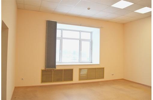 Сдам офисное помещение на ул. Пр Античный - Сдам в Севастополе