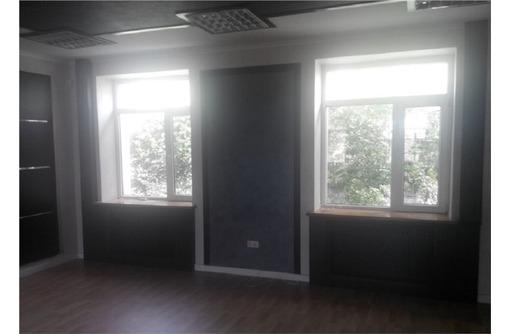 Сдам офис по адресу ул. Володарского 198 кв.м. - Сдам в Севастополе