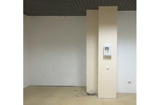 На Проспекте Октябрьской Революции сдам офисное помещение 31 кв.м., фото — «Реклама Севастополя»