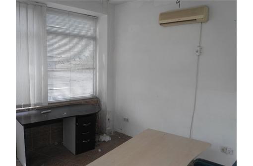 На Вокзальной сдам офисное помещение 20 кв.м., фото — «Реклама Севастополя»