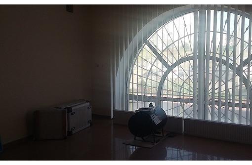 Омаега - Отличный 3-х кабинетный Офис с отдельным входом, площадью 75 кв.м., фото — «Реклама Севастополя»