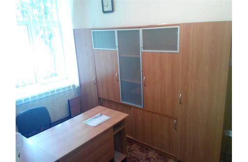 Двух-кабинетный Меблированный Офис в Ленинском районе, площадью 18,2 кв.м., фото — «Реклама Севастополя»