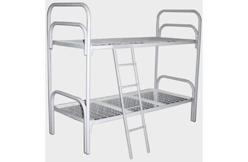 Кровати металлические двухъярусные для казарм, кровати трёхъярусные для строителей, кровати оптом, фото — «Реклама Евпатории»
