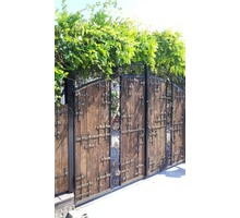 Мастерская художественной ковки изготовит для вас: ворота, перила, балконы, лестничные марши и тд - Заборы, ворота в Новороссийске