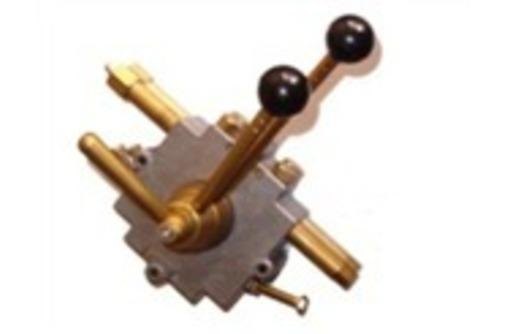 Контроль-панель, с 2 рычагами, фото — «Реклама Горячего Ключа»