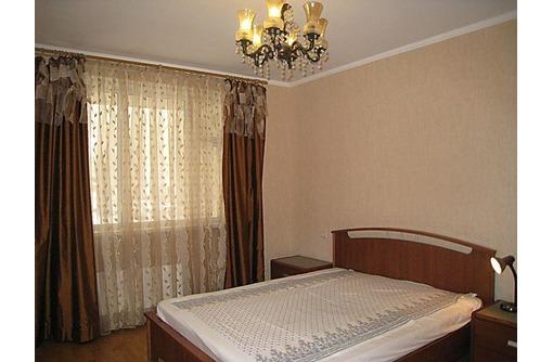 Предлагаю снять посуточно 2-комнатную квартиру центр Сочи, улица Островского 1, фото — «Реклама Сочи»