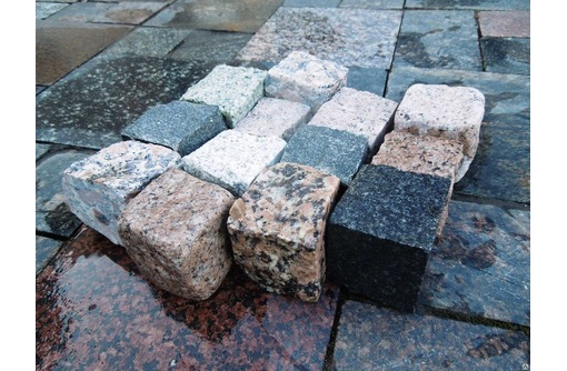 Гранитная брусчатка для мощения в Армавире и Новокубанске - Кирпичи, камни, блоки в Армавире