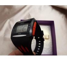 Электронные часы, с будильником - Наручные часы в Краснодаре