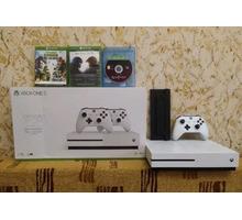 Продается Xbox One S 1тб в Армавире - Игры, игровые приставки в Краснодарском Крае