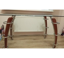Стол стеклянный, идеальное состояние - Мебель для гостиной в Краснодарском Крае