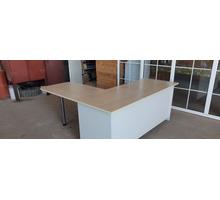 Стол офисный угловой - Мебель для офиса в Белореченске