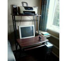 Компьютерный стол - Столы / стулья в Краснодарском Крае