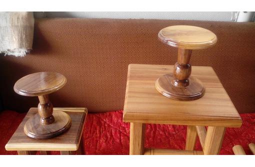 Табуреты и столы из ореха на заказ - Столы / стулья в Армавире