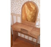 Тумбочка и трюмо - Мебель для спальни в Белореченске