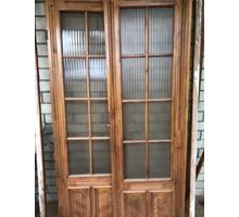 Продам деревянную дверь со стеклом - Двери межкомнатные, перегородки в Геленджике