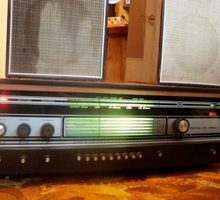 Продаю ретро радиолу, патефон и Фотоаппараты - Прочая электроника и техника в Краснодаре