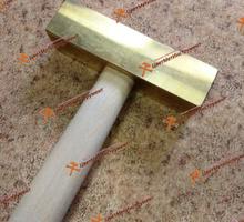 Молоток латунный 0,25кг 0,5кг 0,8кг 1 кг с деревянной ручкой искробезопасный - Металлические конструкции в Краснодаре