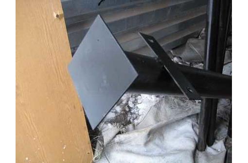Столбы металлические, фото — «Реклама Апшеронска»